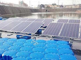 フロート式太陽光発電設備のユニットを横連結