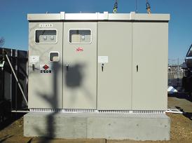 フロート式太陽光発電設備の地上の受変電設備